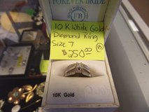 10k white gold diamond ring ladies size 7 in Cherry Point, North Carolina