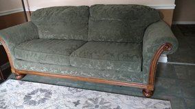 Couch in Algonquin, Illinois