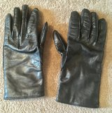 REAL COACH LEATHER GLOVES in Lakenheath, UK