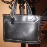black coach tote purse bag in Chicago, Illinois