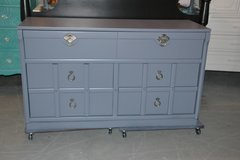 Dresser Gray solid wood dovetail drawers in Morris, Illinois