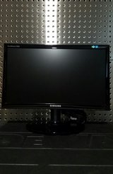 "Samsung LCD 19"" Monitor in Algonquin, Illinois"