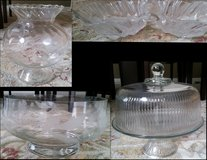 Glass/Crystal vase, dishes in Glendale Heights, Illinois