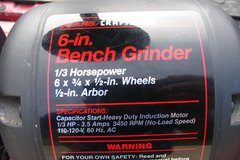 BENCH GRINDER CRAFTSMAN 6 INCH in Bolingbrook, Illinois