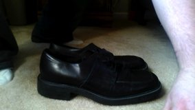 11.5 Bacharach Black Leather Shoes Made in Italy size 11.5 great condition in Glendale Heights, Illinois
