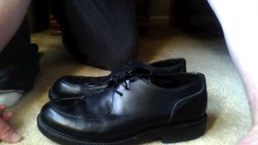Bacharach 11.5 Black Leather Shoes Made in Italy size 11.5 great condition in Glendale Heights, Illinois