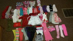 Girls 12-24 month lot in Fort Leonard Wood, Missouri