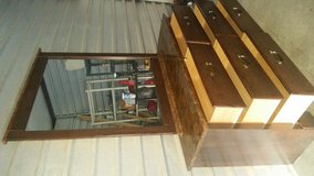 Beautiful 6 drawers dresser with mirror in Fort Bliss, Texas
