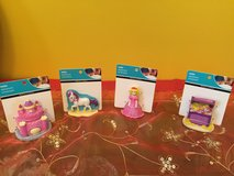 Gift pack of princess aquarium ornaments / figures for display ... Brand New in Morris, Illinois