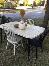 French Country Table and Chairs in Houston, Texas
