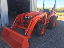 Kubota l3901DT 4wd Tractor w/Backhoe in Alamogordo, New Mexico