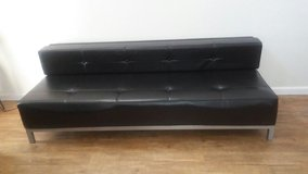 Leather modern sofa in perfect condition in Fort Bliss, Texas