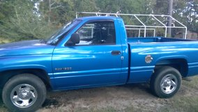 1999 DODGE RAM in Leesville, Louisiana