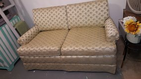Vintage Loveseat in Great Condition in Baytown, Texas