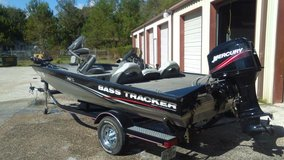 2008 Bass Tracker in Cleveland, Texas