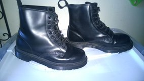 Dr Martens 1460 8 Eye Boot - Black Monochramatic - $65 (North... in Fort Bliss, Texas