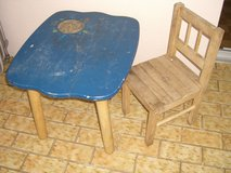 4 small tables + 1 chair to do up in Ramstein, Germany