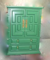 Kelly Green Highboy. / BEDROOM    BEDROOM SET in Naperville, Illinois