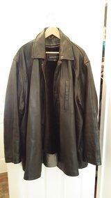 Men's 6X leather coat in Joliet, Illinois