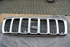99-04 JEEP GRAND CHEROKEE CHROME GRILL-NEW in Ramstein, Germany