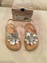 b.o.c sandals...size 9 in Naperville, Illinois