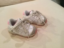 Stride Rite leather shoe...size 4M in Naperville, Illinois