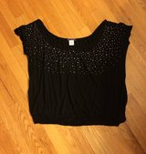 Women's Cropped Top-Black-Large-EUC in Aurora, Illinois
