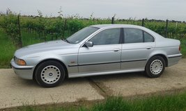 Bmw 528i automatic sedan with brand new inspection in Hohenfels, Germany