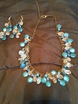 Fashion jewelry necklace earrings set in Fort Bragg, North Carolina