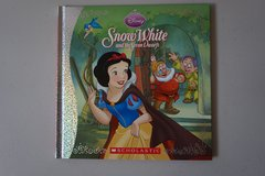 Disney Princess Snow White and the Seven Dwarfs Hardcover Book in Joliet, Illinois