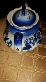Victoria  Ware Ironstone / Flower Blue Teapot in Clarksville, Tennessee