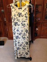 Long dress, White w/blue flowers by All That Jazz - 5/6 in Bolingbrook, Illinois