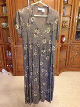 Grey Maternity Dress by Dividends - Lg. in Aurora, Illinois