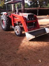 275 Massey fergusonW/ loader, hay spear, bucket too. w/muti-power,4-cyl,65 hp,good tires,steerin... in DeRidder, Louisiana