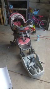 Graco stroller/carseat/base in Fort Carson, Colorado