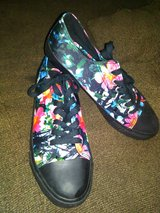 Cute flower shoes in Camp Lejeune, North Carolina