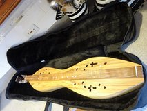 Dulcimer from Cedar Creek in Glendale Heights, Illinois