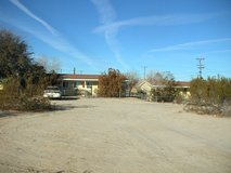 Cute, quiet, quaint, tiny, well-kept, fenced, bright, free solar / utilities in Yucca Valley, California