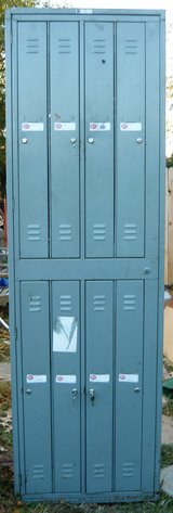 Lockers in Pleasant View, Tennessee