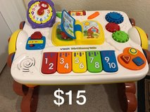 Vtech 2-1 discovery table in Fort Knox, Kentucky