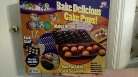 CAKE POP BAKING PAN & ACCESSORIES in Conroe, Texas
