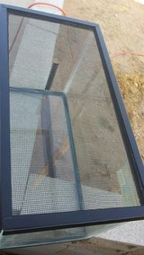 1x use--10 gallon glass aquarium/tank with metal screen top in Yucca Valley, California