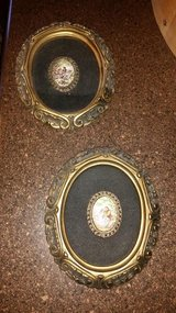 Victorian Vintage Brooch / 2 Piece Picture Set in Fort Campbell, Kentucky
