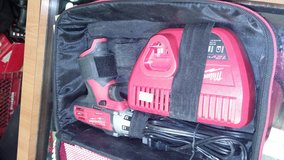 Milwaukee Heavy Duty 12 v compact driver set in Yucca Valley, California