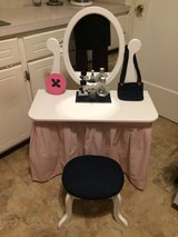 Child Size Vanity in Kansas City, Missouri