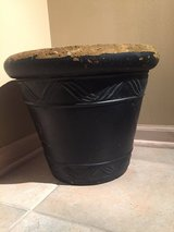 "15"" Black Foam Planter in Chicago, Illinois"