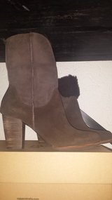 UGGS CHARLEE DARK BROWN NEW IN BOX in Ramstein, Germany