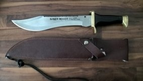 Big Outdoor/Hunting Knife in Fort Riley, Kansas