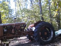 1948 CASE Tractor back tires hold air,won't start,engine not froze.Missing, front tires,starter,... in Cadiz, Kentucky