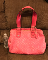 Pink Coach purse with matching wallet in Fairfield, California